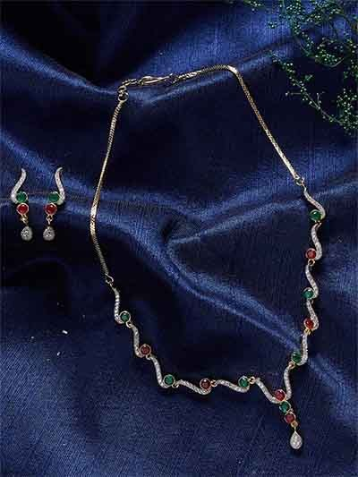 Zircon Embellished Handmade Necklace Set With Red and Green Stones