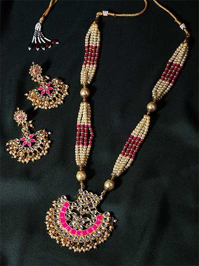 Golden & Pink Gold-Plated Kundan Jewellery Set