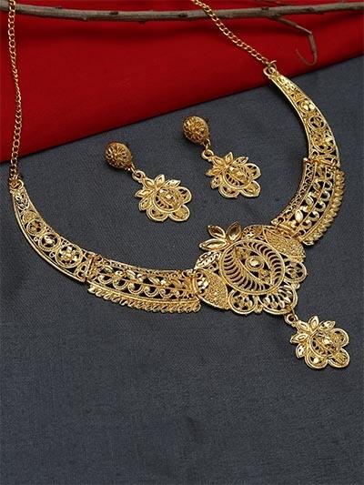 Classic Floral Golden Necklace Set