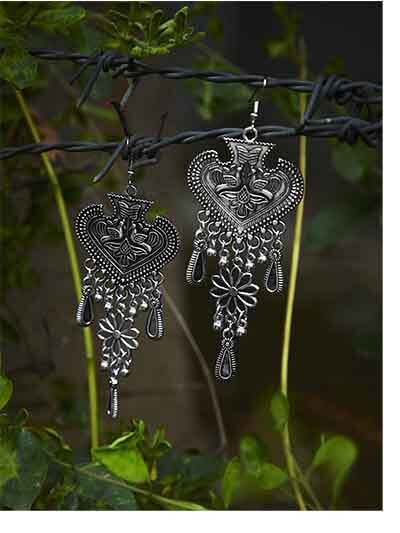 Spade Tribal Jewellery Danglers With Hanging Floral Trinkets