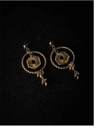 Artificial Hoop Earrings in Gold Color