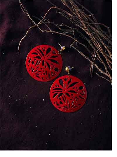 Red Disc Metal Earrings