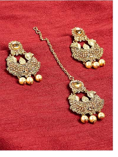 Golden Kundan Maang Tika Set
