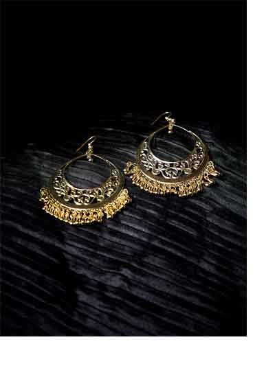 Golden Drop Hangings Western Earrings With Metallic Golden Bali
