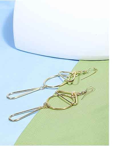 Geometrical Artificial Earrings in Golden Color
