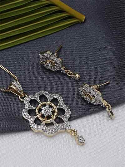 American Diamond Flower Pendant Necklace Set