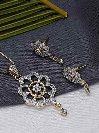 American Diamond Flower Pendant Necklace Set