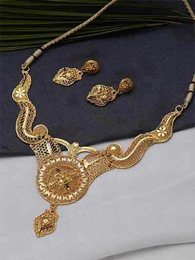 Classic Golden Ethnic Necklace Set