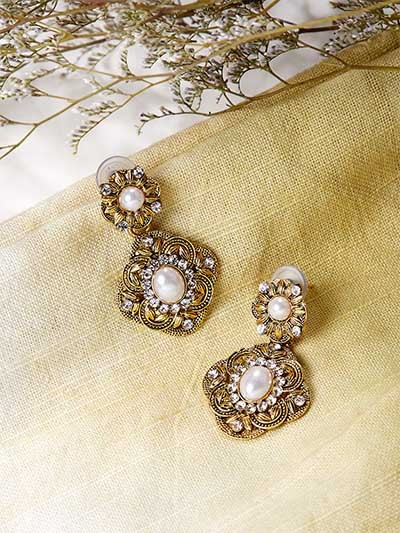 Short Golden Floral Dangle Earrings With Pearls