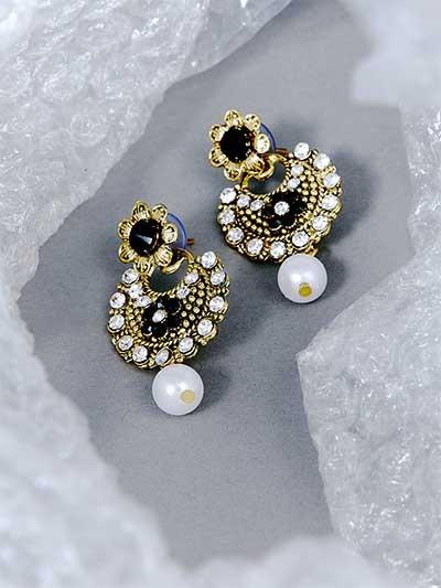 Short Golden and Black Floral Dangle Earrings