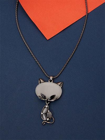 Grey Cat Western Necklace