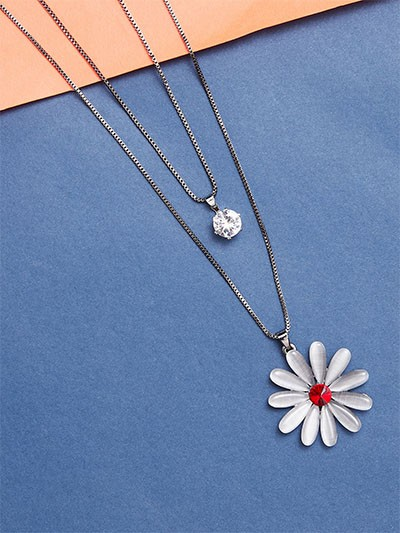 Layered Silver Flower Necklace