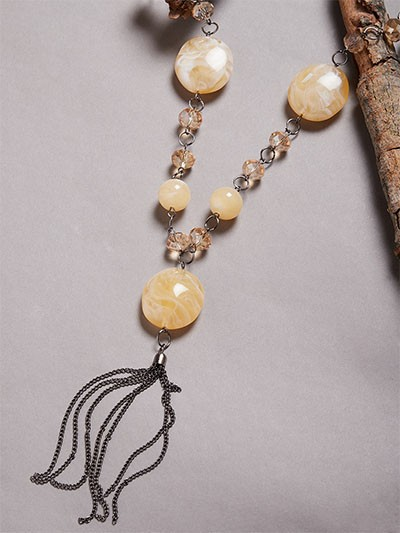 Cream Beads Contemporary Necklace