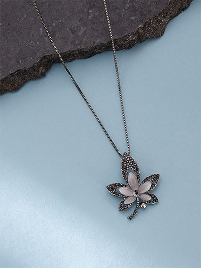 Embellished Silver Leaf Western Necklace