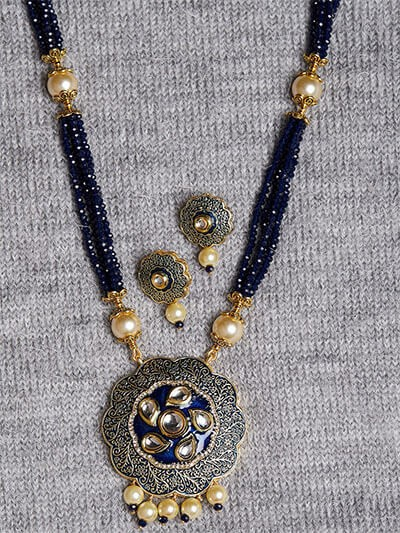 Floral Blue Kundan Pendant Necklace Set
