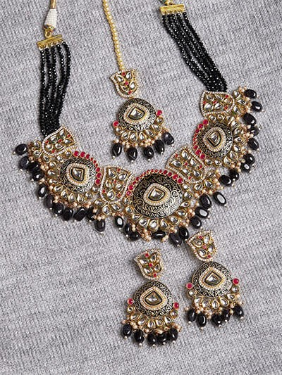 Black and Golden Statement Kundan Necklace Set