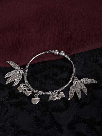 Adjustable Oxidized Silver Bracelet with Hearts and Leaves Charms