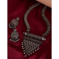 Silver Plated Handcrafted Necklace Set With Red Gemstones