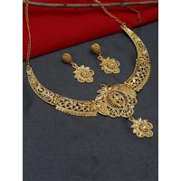 Classic Floral Golden Necklace Set