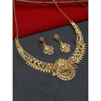 Golden Necklace Set with Floral Work