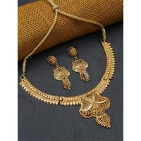 Classic Ethnic Golden Necklace Set