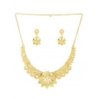 Classic Golden Necklace Set with Floral Motifs