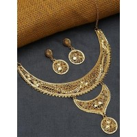 Layered Golden Necklace Set with Floral Motifs