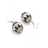 Pearl and Black Stone Embellished Fashion Necklace Set