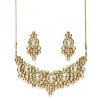 Gold Toned Kundan Stone Studded Statement Jewellery Set