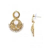Short Circular Golden Dangle Earrings With Pearls