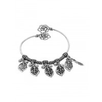 Adjustable Oxidized Silver Bracelet with Classic Leaves Charms