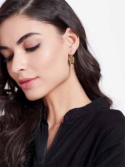 Short Golden Vintage Earrings