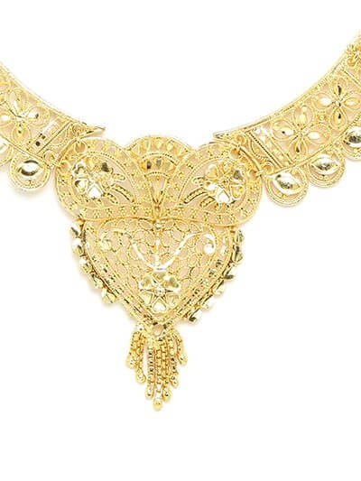 Golden Necklace Set with Heart and Floral Motifs