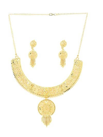 Golden Necklace Set Adorned with Floral Cutwork