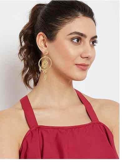 Artificial Hoop Earrings in Gold Color