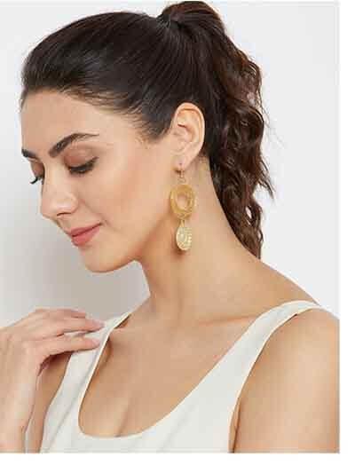 Circular Artificial Earrings in Golden Color
