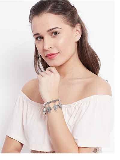 Silver Chunky Leafs Oxidized Bracelet