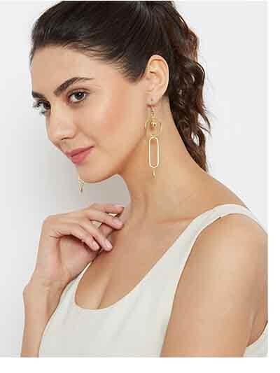 Geometrical Hoop Earrings in Gold Color