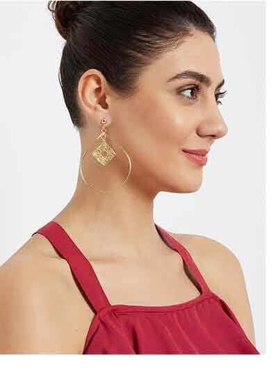 Oval Hoop Earrings in Gold Color