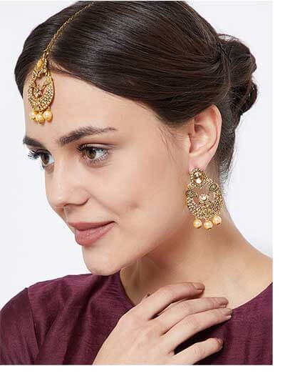 Golden Maang Tika Set With Golden Pearls
