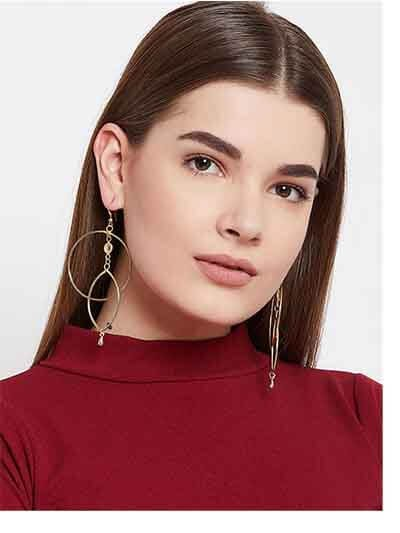 Asymmetrical Layered Hoop Earrings in Gold Color