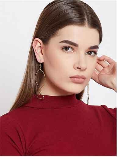Oval Artificial Hoop Earrings in Gold Color