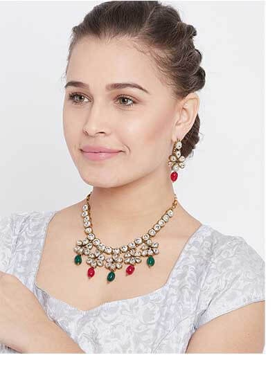 Kundan Ethnic Necklace Set With Green & Red Beads