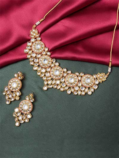 Gold-Plated Kundan Studded and Beaded Chocker Necklace Set