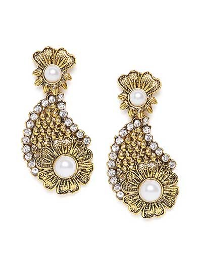 Golden Flower Dangle Earrings With Pearls