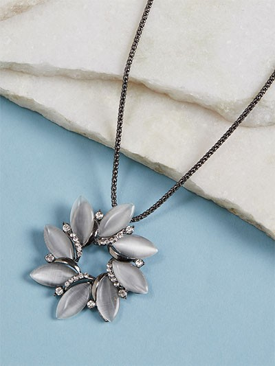 Silver Studded Flower Contemporary Necklace