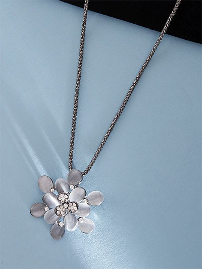 Flower Silver Western Necklace For Women