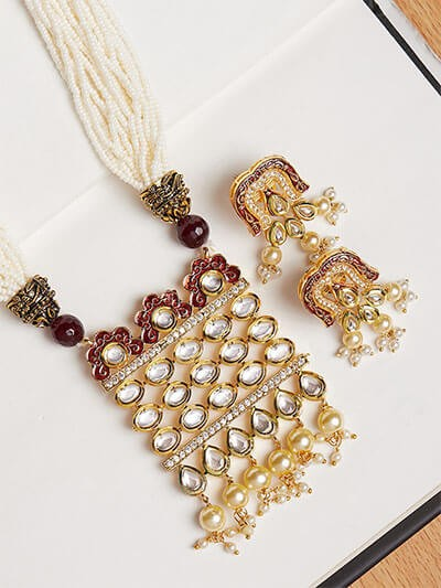 Kundan and Pearl Pendant Necklace Set
