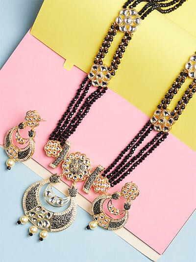 Floral Black Kundan Necklace Set