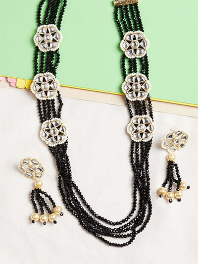 Black Beaded Kundan Necklace Set